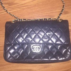 Chanel Lambskin quilted. Handbag